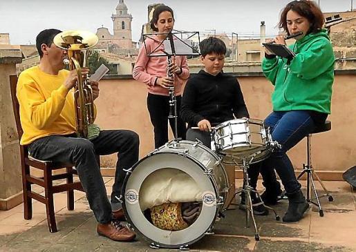 Los integrantes de la Banda grabaron un vídeo.