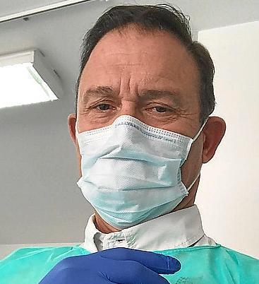 El doctor Kostan Doganis, del centro de salud de Camp Redó.