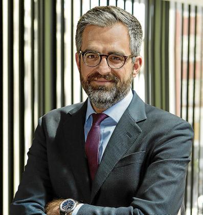 El abogado Javier Sola presenta los ERTE de muchas empresas turísticas.