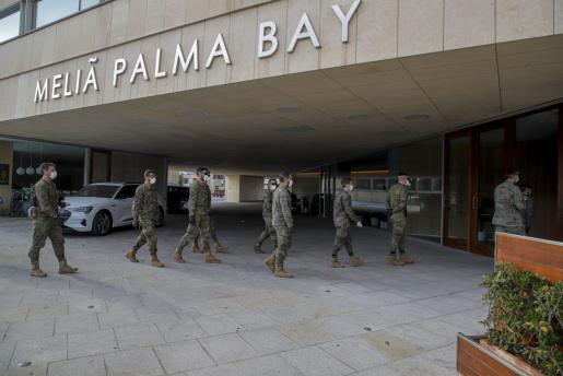 El Ejército ha preparado el hotel del Palacio de Congresos, el Meliá Palma Bay, para usarlo como hospital.