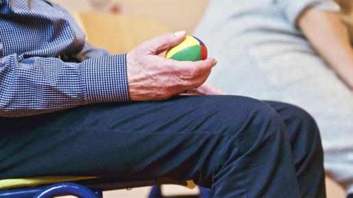 El servicio de emergencias del 112 en Baleares ha emitido una serie de consejos destinados a la gente mayor para que estén lo más seguros posibles en su casa.