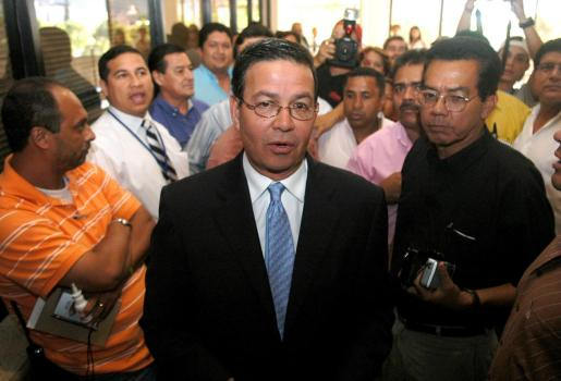 Fotografía de archivo fechada el 20 de septiembre de 2006 del ex presidente de Honduras Rafael Callejas en Tegucigalpa (Honduras).