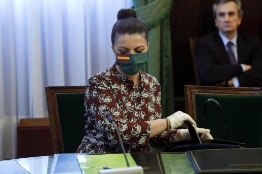 La secreteria general de Vox, Macarena Olona, ha indicado que Vox no es autor del montaje, sino que se ha limitado a compartir la imagen.
