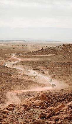 Entre el ocio y el compromiso, 17 mallorquines regresan de un viaje a Marruecos que les ha llevado a repartir 600 kilos de material en aldeas y escuelas.