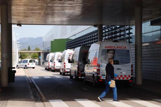 Ambulancias, en Son Espases.