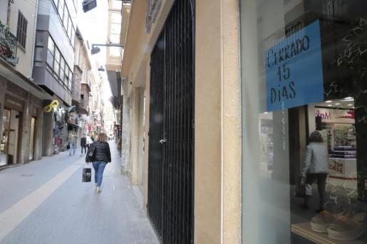 Comercios cerrados en Palma.