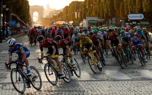 Imagen de una pasada edición del Tour de Francia.