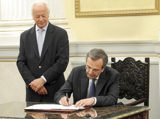 Antonis Samarás juró su cargo como presidente griego el pasado miércoles.