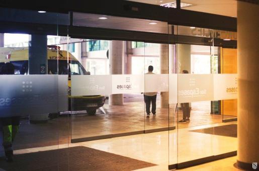 Enfermos de coronavirus están ingresados en el hospital de Son Espases.