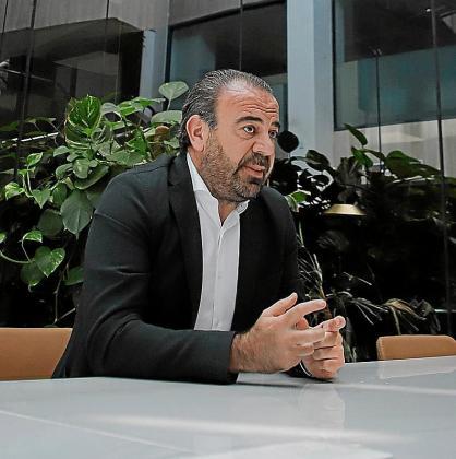 Gabriel Escarrer analiza la situación del sector turístico.