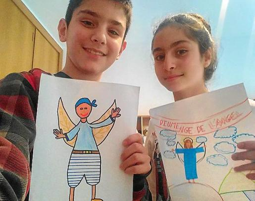 Jaume y Ana Pujol Huguet han dibujado el ángel.