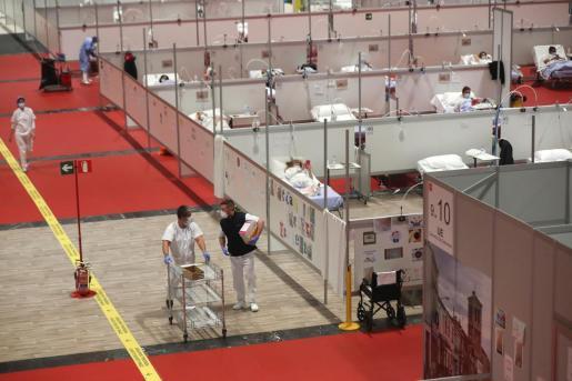Vista general del hospital de campaña instalado en el pabellón 9 de Ifema, Madrid, para enfermos con coronavirus.