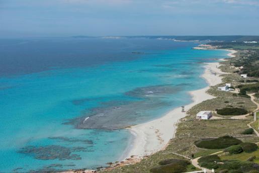 Los empresarios temen encontrarse con playas vacías este verano.