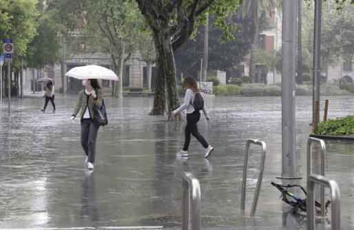 Imagen de una mañana lluviosa la de este lunes en Palma.