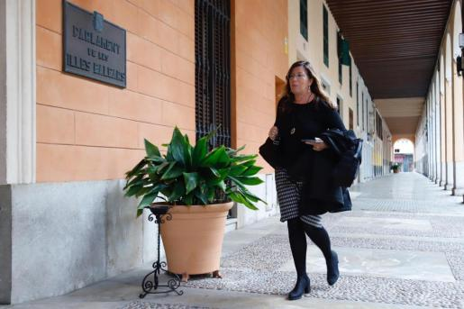 Patricia Gómez, consellera de Salut del Govern balear, a su llegada este martes al Parlament.