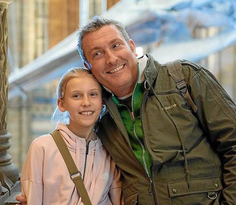 Muchos padres, como Alex Schütz, entienden que no pueden regresar a la Isla, en este caso para ver a su hija Lilly que vive en Calvià. «Comprendo que no dejen ir a las segundas residencias, como así ocurre también en Alemania», afirmó este martes Schütz.