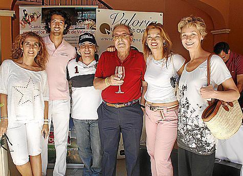Dora Simonet, Alex Graham, Mario Hidalgo, angel Luis Ramos, Giovanna Kalisperaki e Inga Escandell