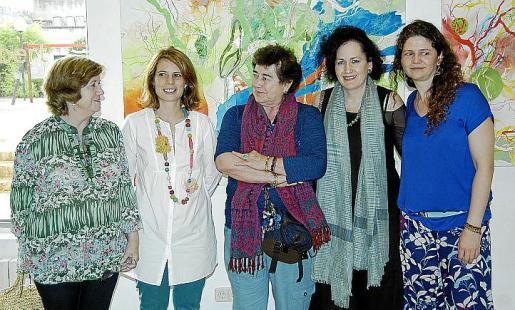 Ana María Lliteras, Mari Pau Ruiz, Teresa de la Fuente, Pilar Ribal y Sara Yohuate.