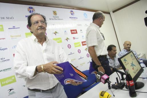 El presidente del menorca Bàsquet, Benito Reynés en la rueda de prensa de este miércoles para anunciar que el club no podrá jugar en la ACB.