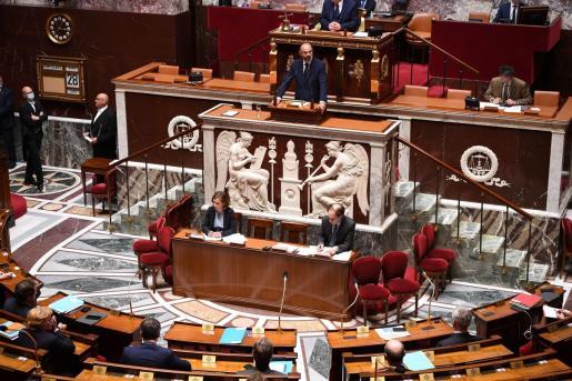 El primer ministro francés, Édouard Philippe, no descarta comenzar la desescalada del confinamiento mas tarde del 11 de mayo.