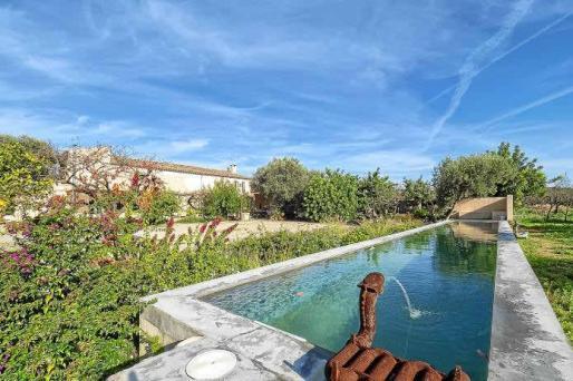 El ambiente campestre y la tranquilidad proverbial se respiran en todos los rincones de la casa y del jardín.