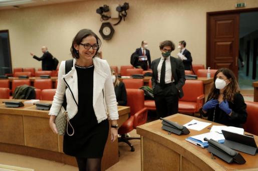 La ministra de Industria, Comercio y Turismo, Reyes Maroto, durante su comparecencia en la Comisión del Congreso de los Diputados, este jueves en Madrid.