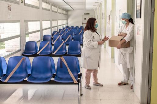 Personal sanitario en un centro de salud.