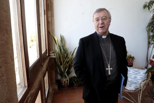 palma entrevista obispo sebastia taltavull foto morey palma entrevista obispo sebastia taltavull foto morey