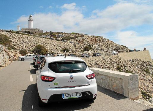 Las limitaciones para circular por la carretera de Formentor entre las 10 y las 19 horas entrarán en vigor el 15 de junio y se mantendrán hasta el 15 de septiembre si las administraciones supramunicipales no acceden a la petición que lanza el alcalde de Pollença, Tomeu Cifre Ochogavía.