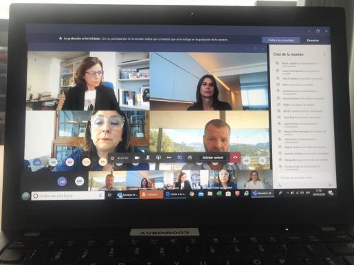 Paula Serra, Carmen Matutes, Magda Pons y Andrés Vidal, en el encuentro.
