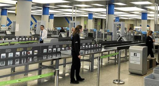 Los controles sanitarios se realizarán en los aeropuertos de origen para disminuir incidentes con los pasajeros rechazados.