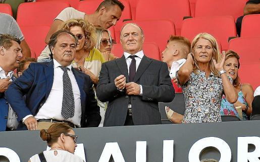Imagen del presidente del Real Mallorca, Andy Kohlberg, en el palco de Son Moix.