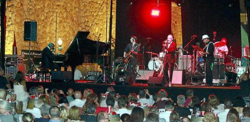 Duran & Friends, en plena actuación.