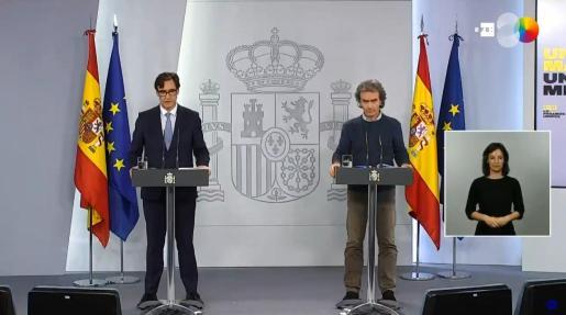 Salvador Illa y Fernando Simón, durante la rueda de prensa de este viernes.