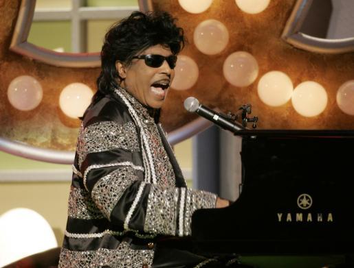 Little Richard, durante una de sus memorables actuaciones.