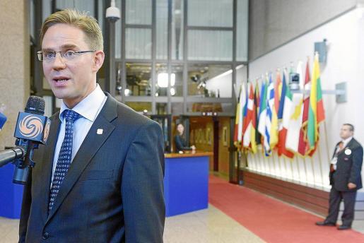 El primer ministro de Finlandia, Jyrki Katainen, durante la última cumbre de la UE de Bruselas.