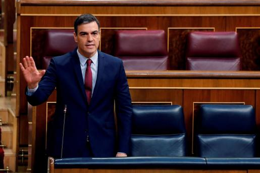 Pedro Sánchez, durante la sesión de control.