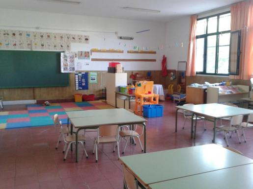 Vista de una aula vacía.