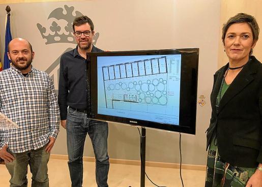 Miquel Àngel Contreras, Antoni Noguera y Francisca Niell, en la presentación del proyecto en Cort.