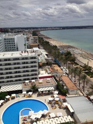 La Playa de Palma es la principal zona turística madura de Mallorca y de Baleares y cuenta con todo tipo de oferta turística y de servicios, de ahí que sea la mejor opción para realizar la experiencia piloto.