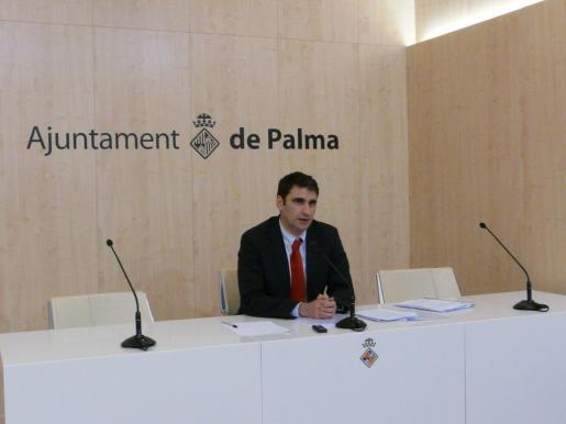 Julio Martínez, en rueda de prensa.