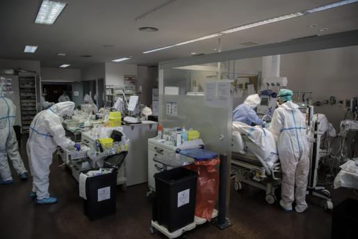 Imagen de la UCI Del hospital Son Llàtzer de Palma.