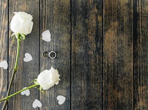 Las bodas se anulan en cascada y el sector intenta sobrevivir este año y asumen un 2021 con 'boom' nupcial.