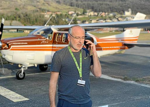 El mallorquín Antonio Cerezo cuenta con una amplia experiencia en la aviación y es uno de los pilotos que realizará estos viajes.