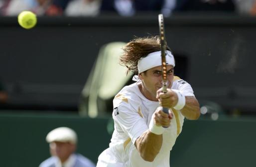 Ferrer, durante el partido que le ha enfrentado a Andy Murray en cuartos de final de Wimbledon.