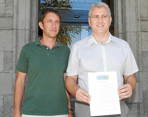 Antoni Amengual, con Josep Melià, secretario general del PI.