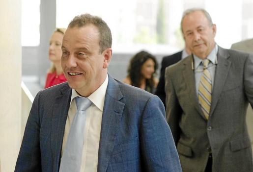 El fiscal Pedro Horrach y el juez José Castro, la semana pasada en Barcelona.