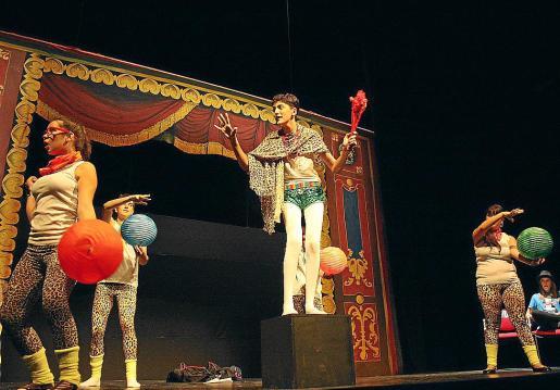 La Kimberly, durante su actuación en la final de los Buero en Madrid.