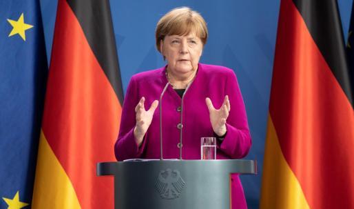 La medida fue acordada en una reunión entre la canciller alemana, Angela Merkel, y los líderes de los «Länder».