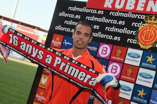 Rubén Miño, durante su presentación como jugador del Mallorca.